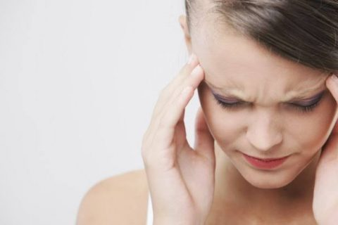 4 Answers to Questions About Scalp Problems You're Too Embarrassed to Ask