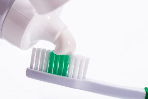 Are You Using The Right Toothpaste For Your Teeth?